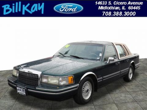Pre-Owned 1994 Lincoln Town Car Signature